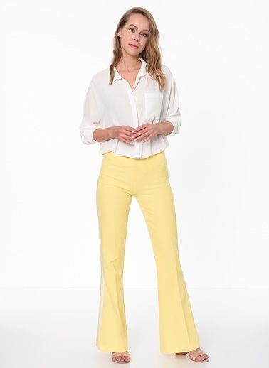 İroni Şeritli İspanyol Paça Pantolon Sarı